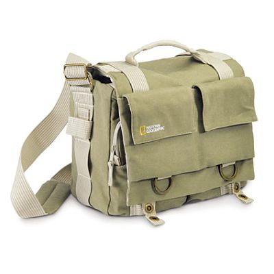 Сумки, рюкзаки и ремни.